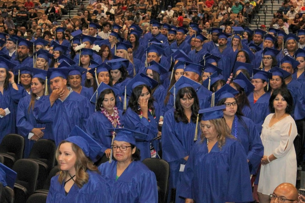 CVAS graduation 2019 fantasy springs (92)